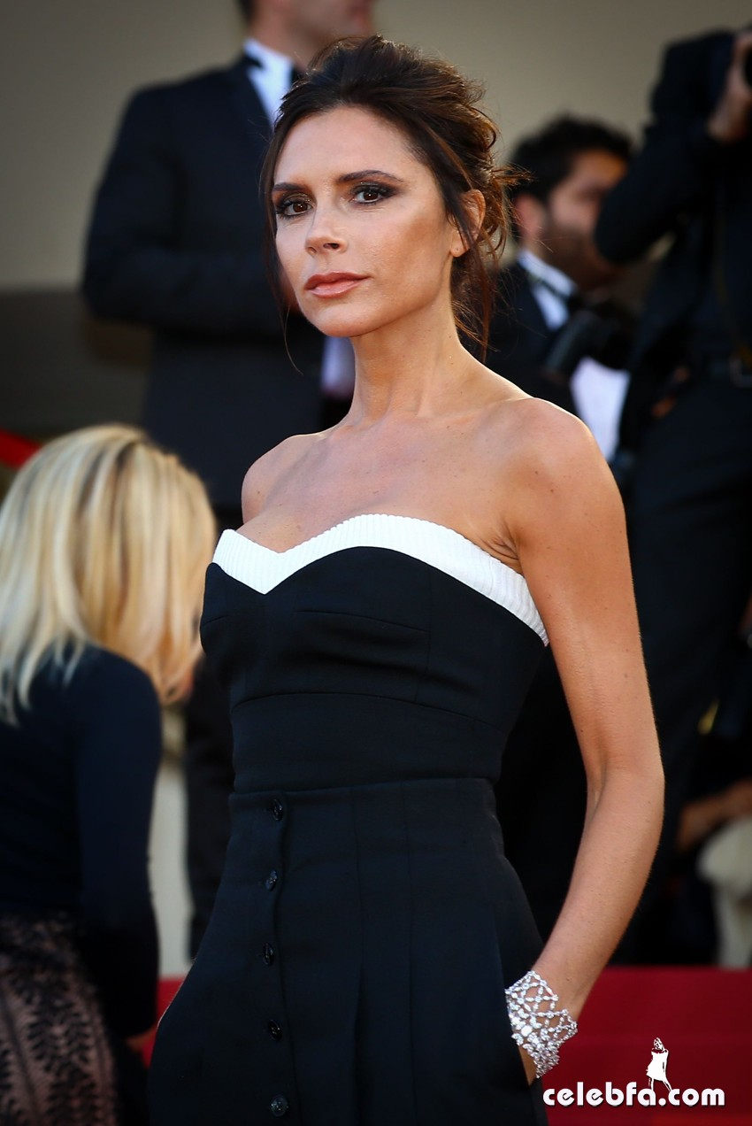 11 May 2016. Victoria Beckham attends the 'Cafe Society' premiere and the Opening Night Gala during the 69th annual Cannes Film Festival at the Palais des Festivals on May 11, 2016 in Cannes, France. Credit: GoffPhotos.com   Ref: KGC-149/37056 **UK Sales Only**