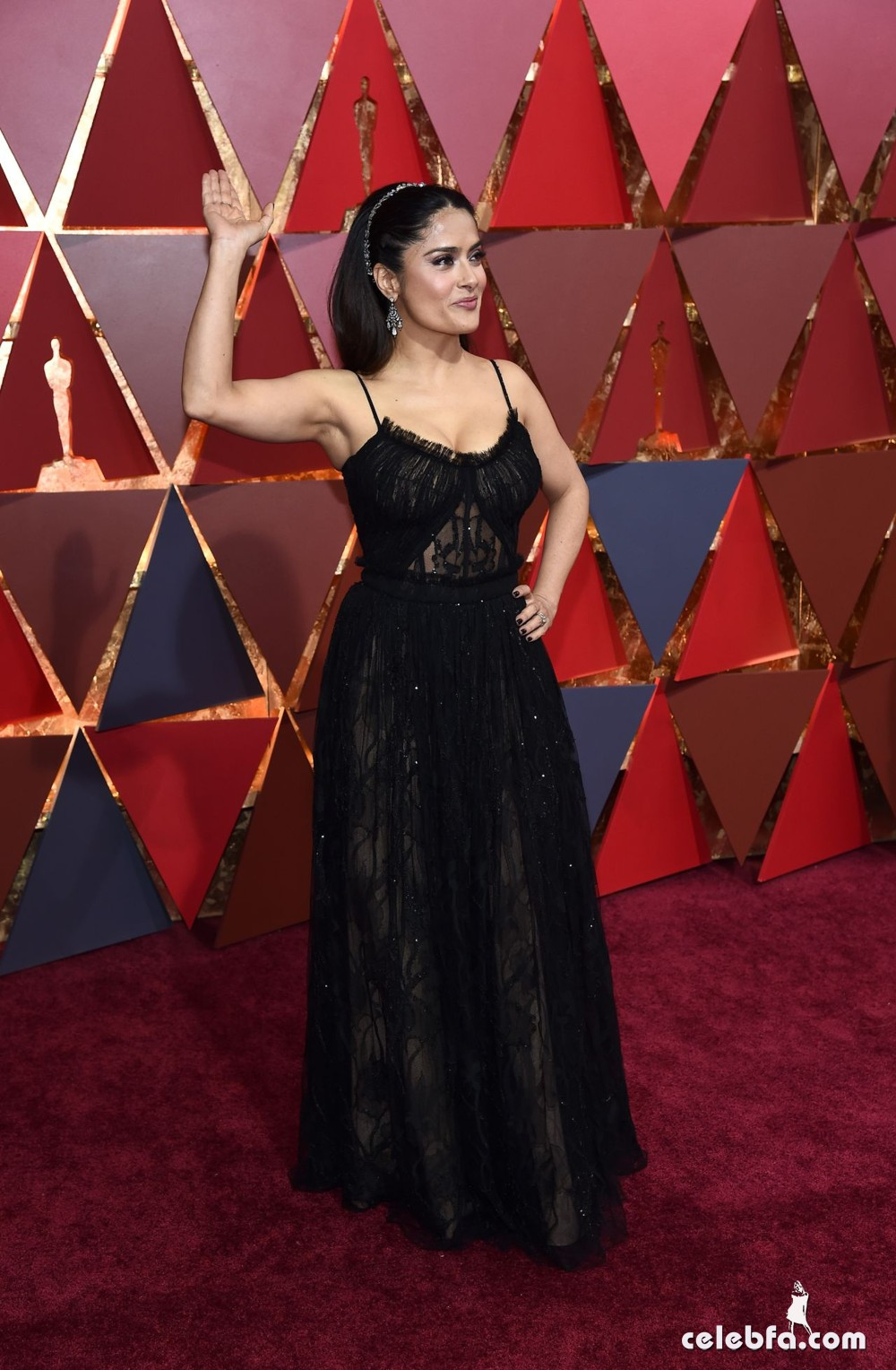 salma-hayek-oscars-2017-red-carpet-6